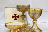 The meanings of the Eucharist service explained